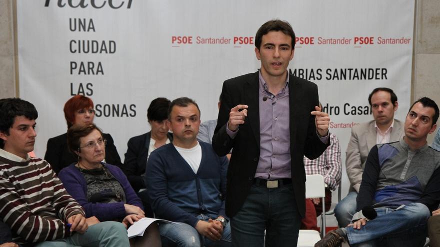 """Casares (PSOE) reta a De la Serna (PP) a un debate para """"contrastar"""" sus programas electorales"""