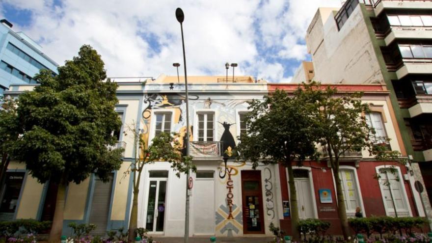 Fachada del Teatro Victoria, en el centro de Santa Cruz, calle Méndez Núñez
