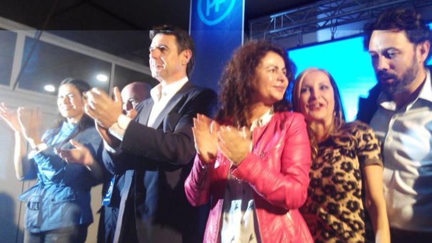 José Manuel Soria con el resto de candidatos al Congreso y al Senado