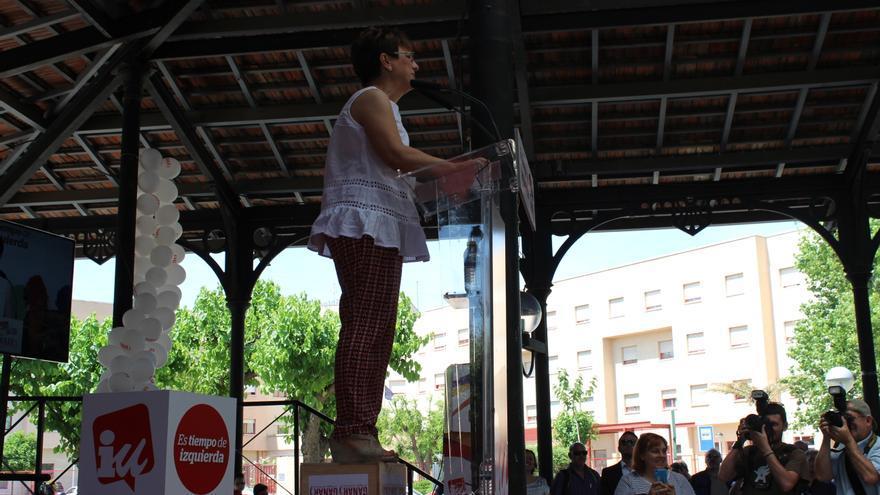 Esther Herguedas en el uso de la palabra, en el acto de Ganar la Región de Murcia / PSS