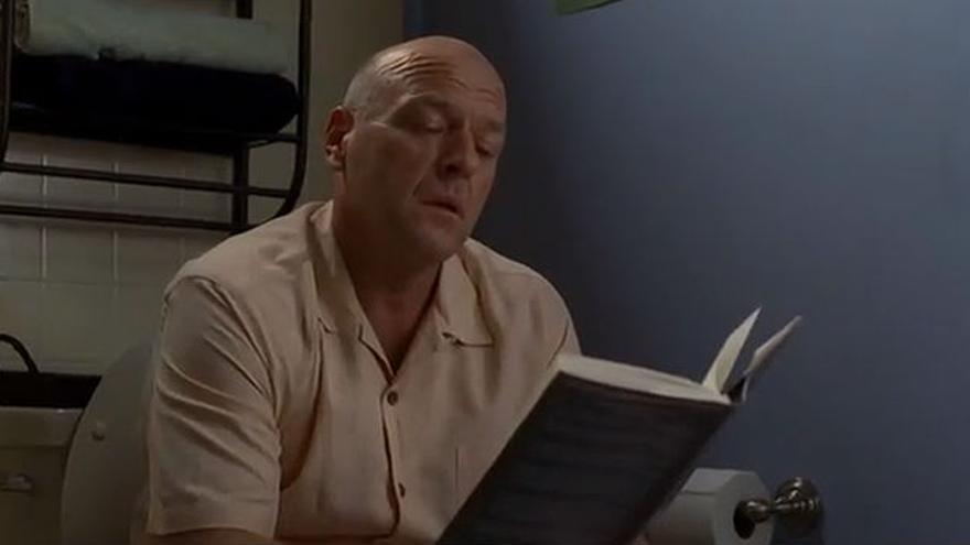 Hank, con lectura muy interesante en 'Breaking Bad'