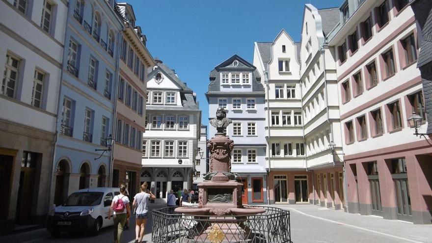 "Nueva ciudad antigua en Frankfurt ""Dom-Römer"" (Foto: Fernando Caballero Mendizabal)"