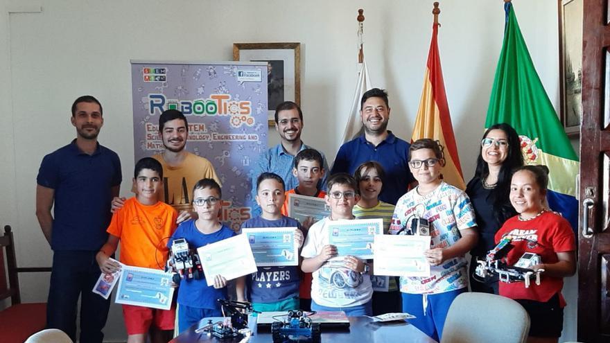 Acto de clausura del primer curso de robótica educativa organizado por el Ayuntamiento de Barlovento.