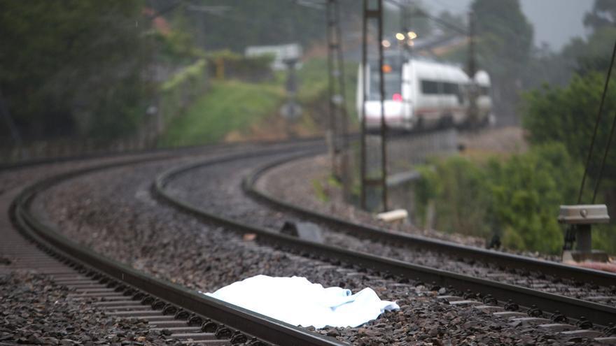 Una víctima de atropello ferroviario en una vía en Pontevedra.