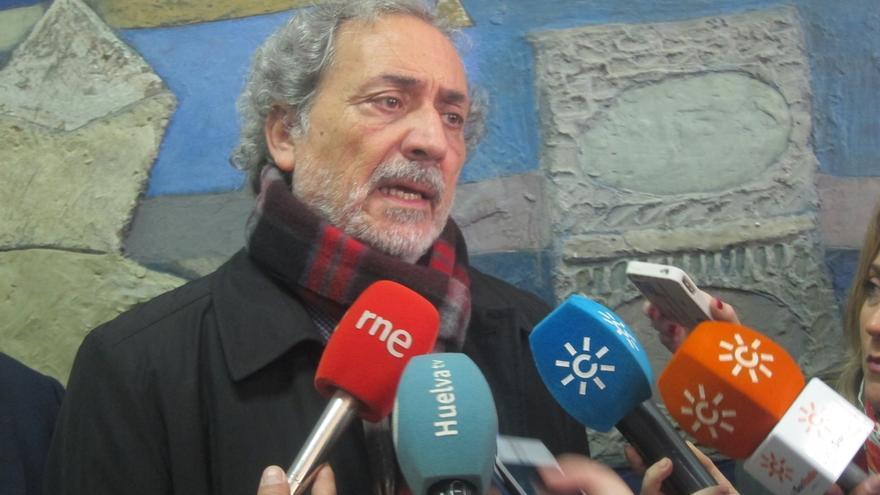 Maíllo ficha para su equipo de campaña a Luis García Montero y al exdefensor del Pueblo andaluz Chamizo