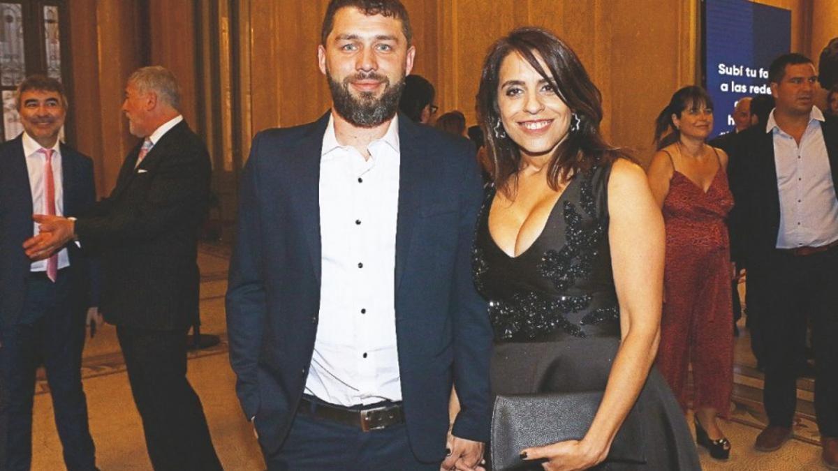 Donda junto a su novio Federico Diberto, en una fiesta de la Revista Caras