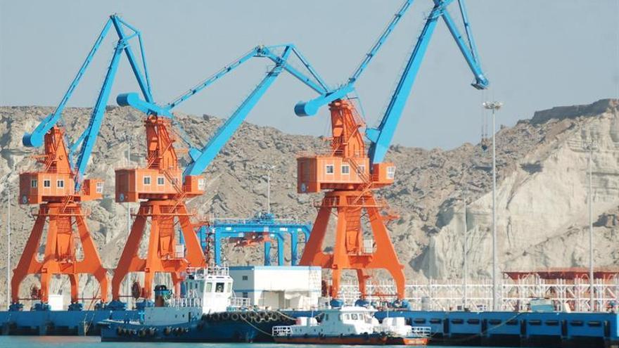 China comienza a exportar a través del puerto paquistaní de Gwadar