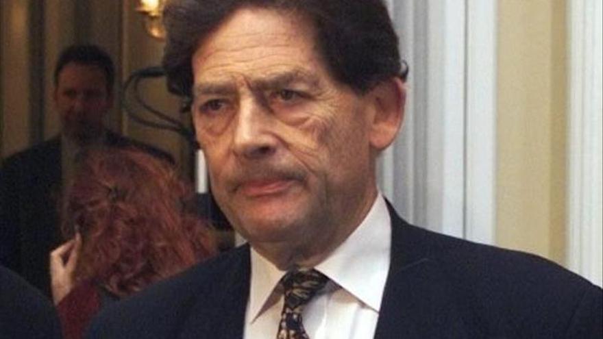 El exministro conservador británico Nigel Lawson pide abandonar la UE