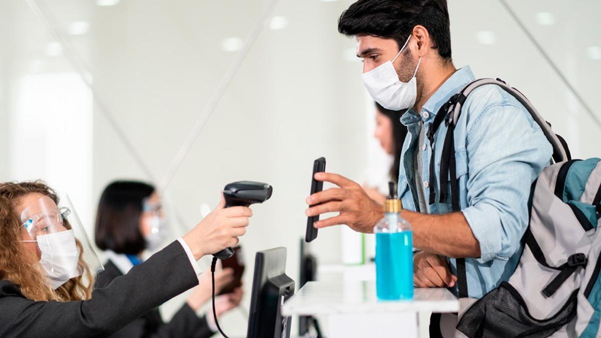 El pase sanitario es usado en muchos países en la pandemia