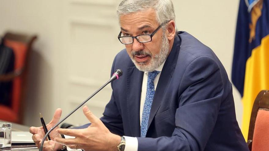 """El portavoz del comité científico del Gobierno regional admite que la situación epidemiológica de Gran Canaria """"ha mejorado algo"""""""