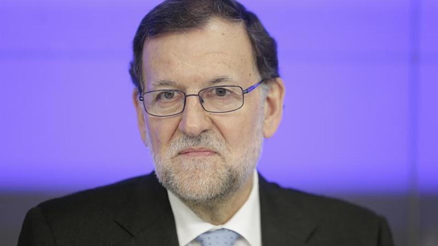 Rajoy dice que bajará el déficit pero que lo más importante será crear empleo