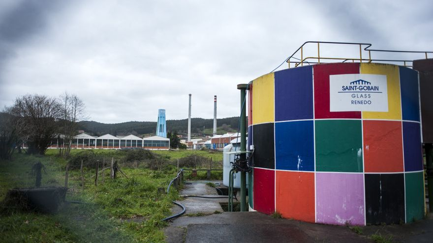 La factoría de Saint Gobain en Vioño cierra después de casi un siglo de actividad en el pueblo.
