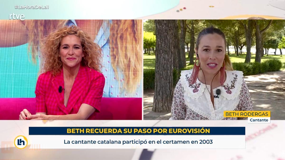 Cristina Fernández y Beth Rodergas, durante su charla en 'La hora de La 1'