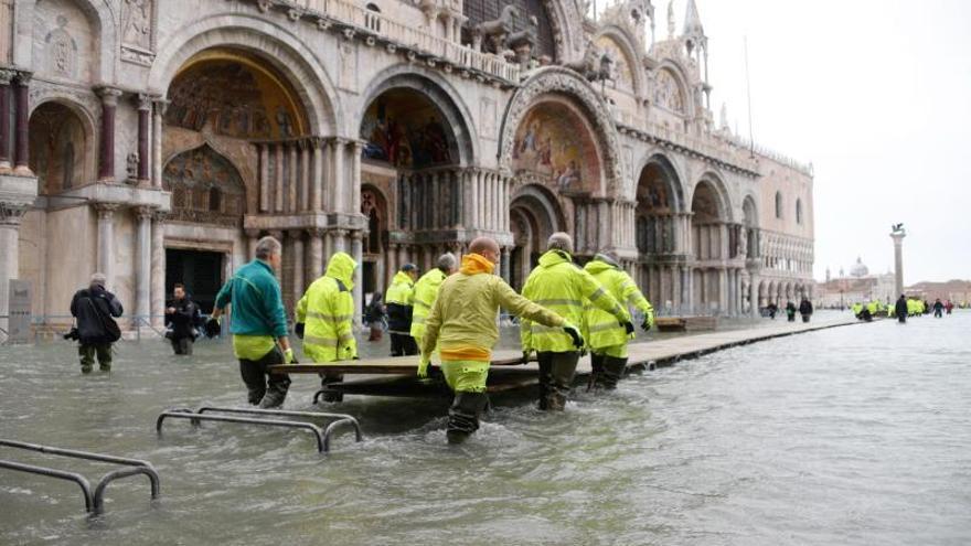 El mundo de la cultura se vuelca para salvar el patrimonio dañado en Venecia
