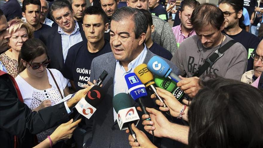 La Fiscalía se opone a que se impute a Cascos, Acebes y otros 15 empresarios