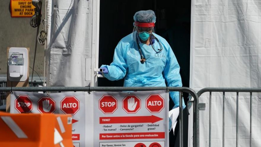 A member of the medical personal leaves a Coronavirus testing tent at Brooklyn Hospital in the Borough of Brooklyn in New York, New York, USA.