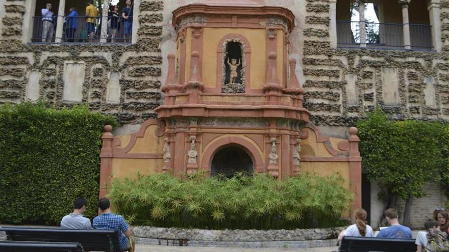 """Canarias, Cataluña, Baleares y Andalucía, en el """"top-10"""" turístico de la UE"""