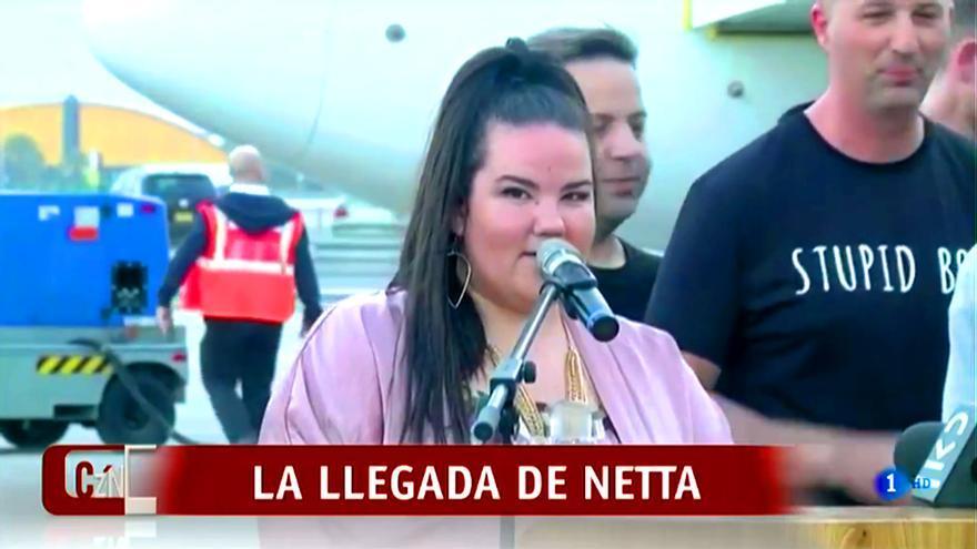 """Netta aterriza en Israel: """"Nuestro país no tiene muchas oportunidades para la felicidad últimamente"""""""