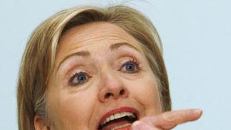 Clinton discute con Brown y Miliband la estrategia a seguir en Afganistán