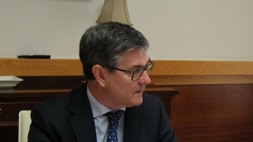 """El Gobierno de Aragón lamenta que Rajoy venga """"a tomar el vermú"""" en vez de """"a trabajar"""""""