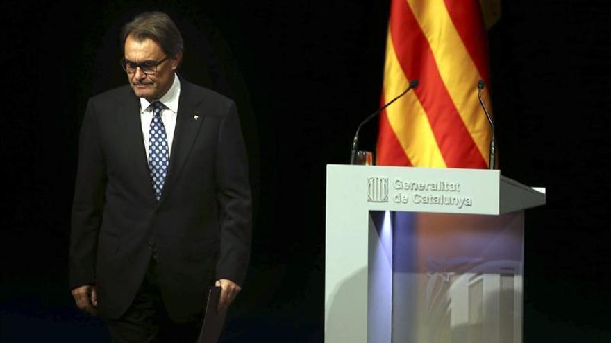"""Mas defiende que su plan es """"para todos"""" los catalanes porque incluye urnas"""
