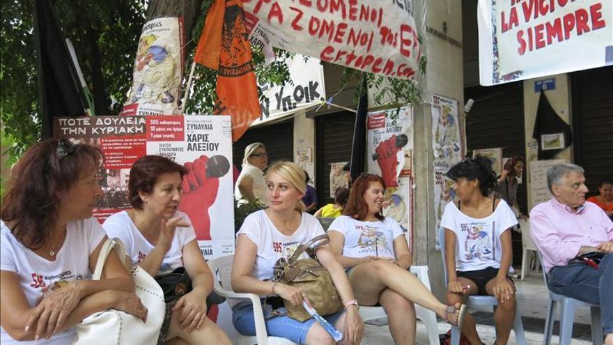 Limpiadoras, el nuevo símbolo de resistencia contra la austeridad en Grecia
