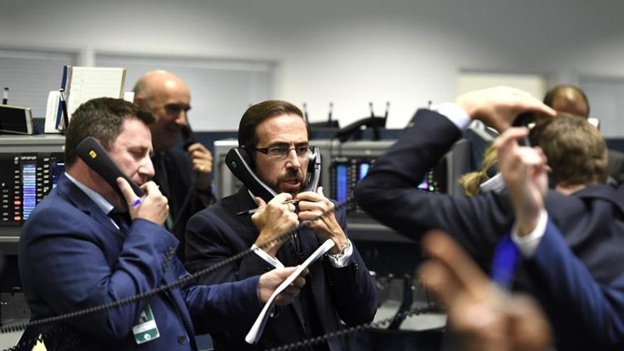 La Bolsa de Fráncfort baja un 0,80 % en la apertura