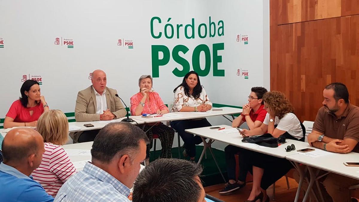 Imagen de archivo de una reunión de la Ejecutiva del PSOE de Córdoba.