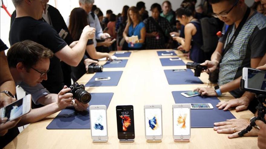Apple anuncia ventas récord de iPhone durante el primer fin de semana a la venta