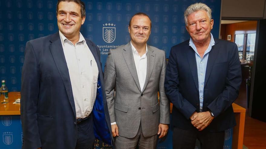 Javier Doreste, Augusto Hidalgo y Pedro Quevedo. (AYUNTAMIENTO LPGC)