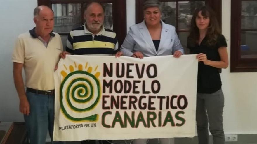 Pancarta del nuevo modelo energético.