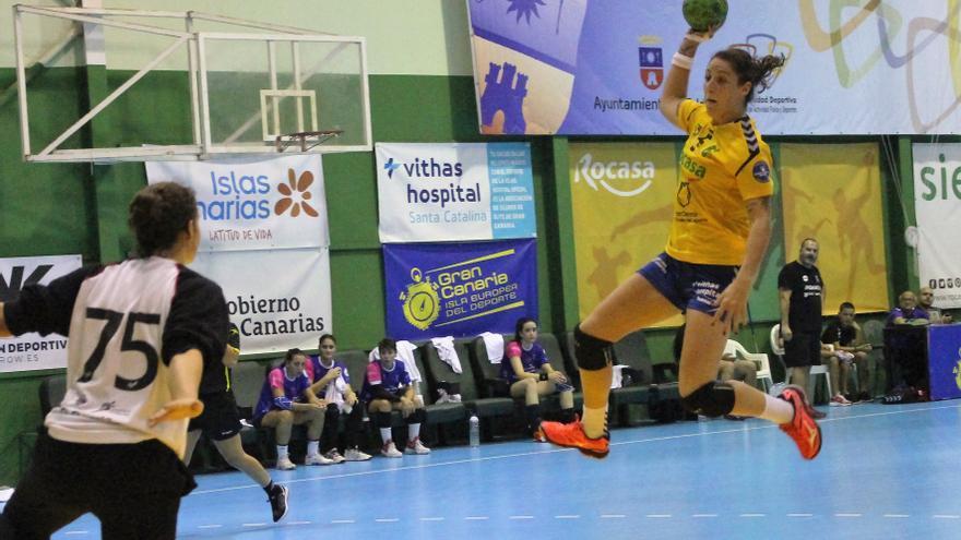 Partido disputado en el Pabellón Insular Antonio Moreno entre el Rocasa Gran Canaria y el Godoy Maceira BM Porriño.