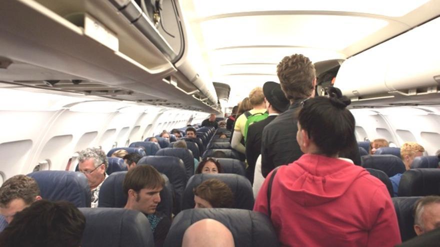 Las diez claves para elegir la maleta de cabina de avión perfecta