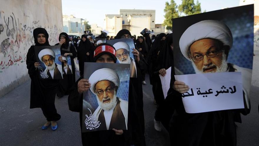 Comienza el juicio al máximo clérigo chií de Baréin, que boicotea el proceso