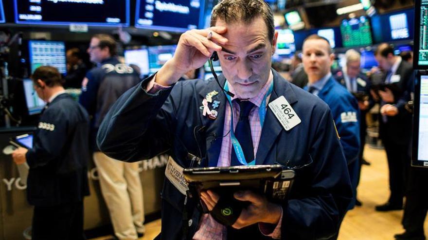 Latinoamérica y Wall Street cierran la jornada en rojo por las presiones externas