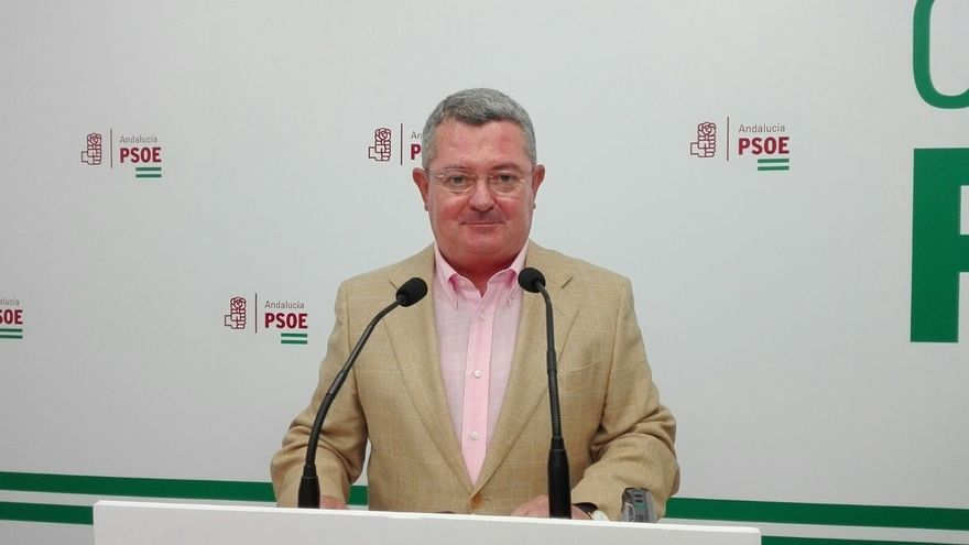 """El PSOE andaluz critica que el Gobierno del PP quiere """"recortar a Andalucía 900 millones en dos años"""""""