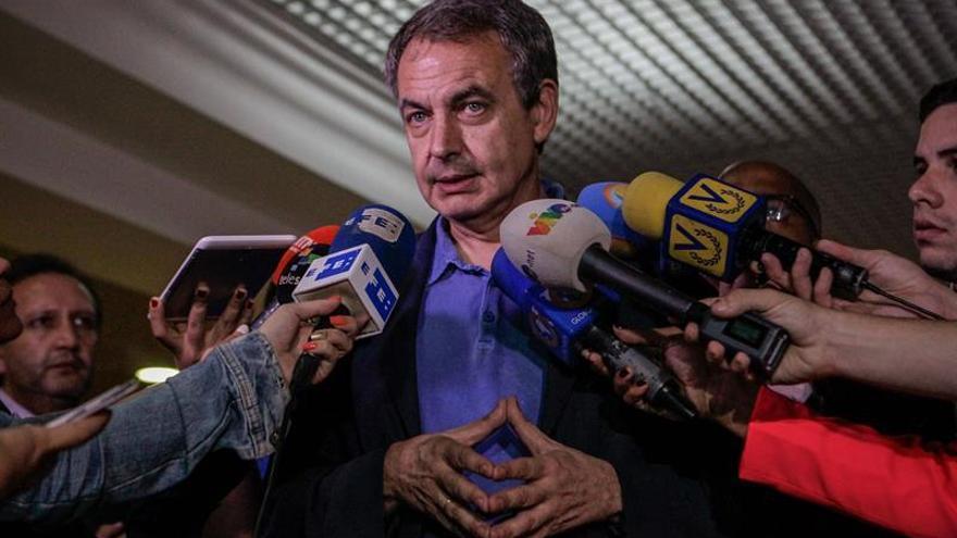 Oposición venezolana dice que diálogo depende de gestiones de Zapatero