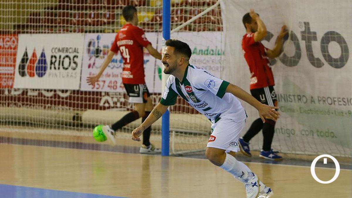 Jesulito celebra un gol ante el Emotion Zaragoza en Vista Alegre.