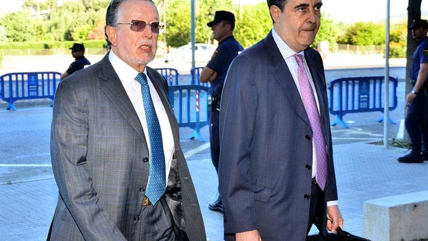 Grau se muestra molesto por su imputación y no la de Rita Barberá