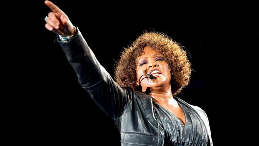 El primer documental oficial sobre Whitney Houston se estrenará el 6 de julio