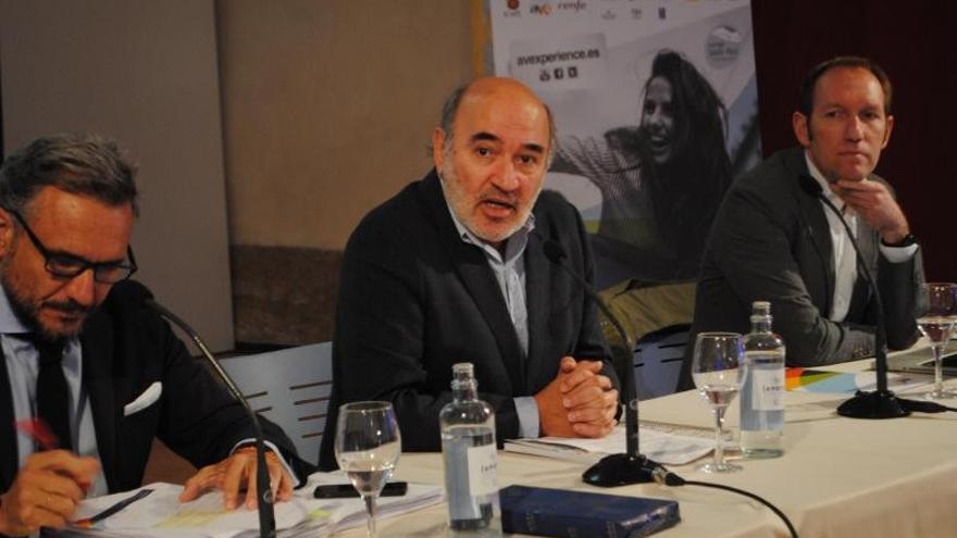 En el centro, el alcalde de Calatayud, José Manuel Aranda.