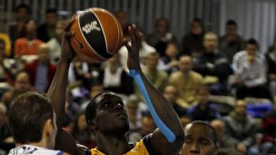 Del partido de baloncesto #3