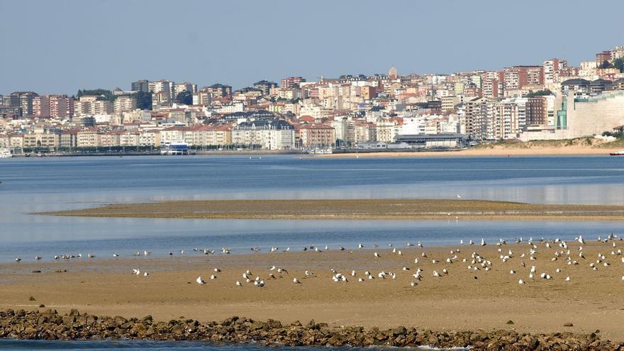 """Aprobado el Plan Especial de la Bahía de Santander, que """"desbloquea"""" ámbitos """"congelados"""" desde 2004"""