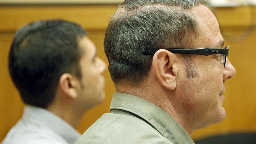 Absueltos los dos mossos acusados de reventar el ojo a Ester Quintana