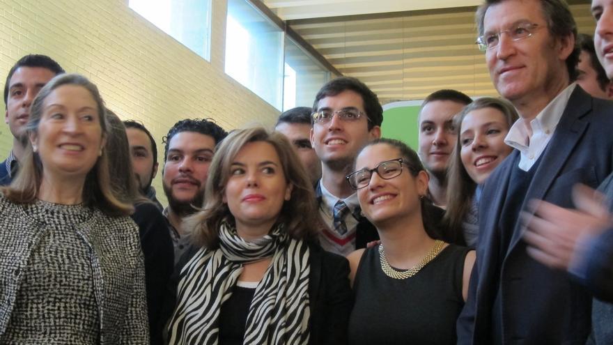 """Sáenz de Santamaría ve """"un ejemplo"""" la lucha de España y Portugal contra la crisis, pues ambos se entienden """"muy bien"""""""