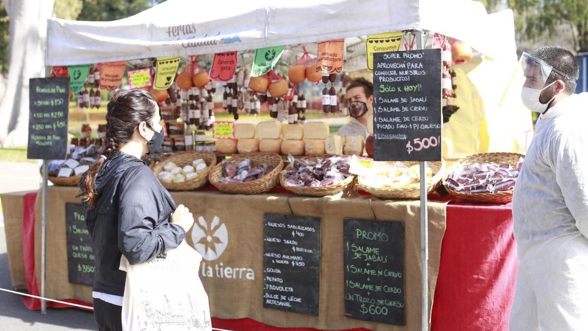 Abrió un mercado 100% vegano en el Parque Centenario.