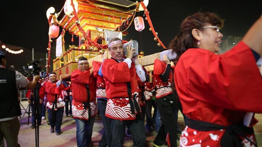 Lima revive con música, baile y sabor la herencia de su migración japonesa