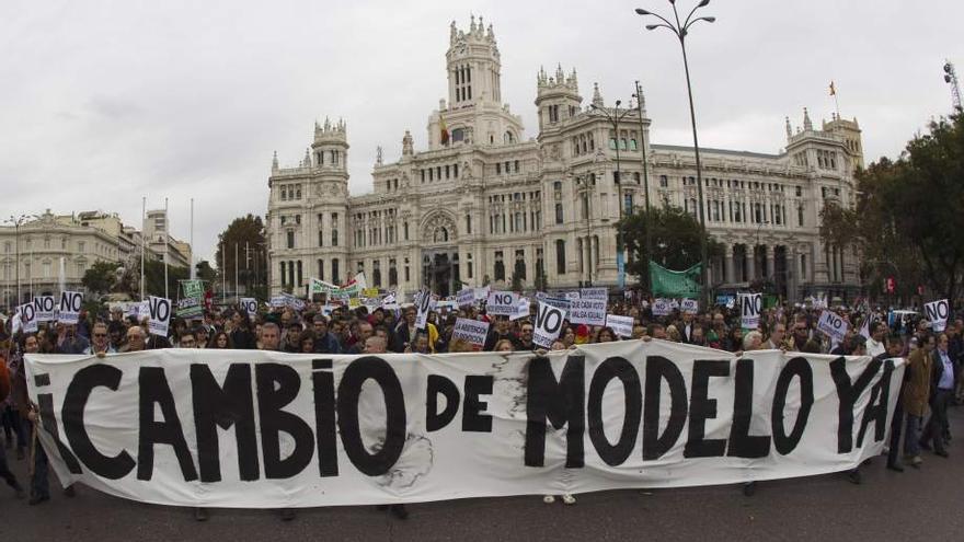 Manifestación del 15-M (madrid.tomalaplaza.net)