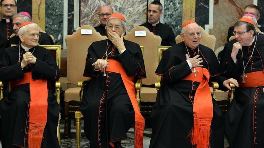 """El Papa pide a la Curia """"evitar escándalos que amenacen la credibilidad de la Iglesia"""""""