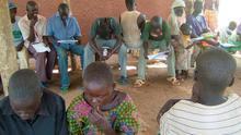 Imagen de archivo de refugiados sudaneses llegados de Uganda.